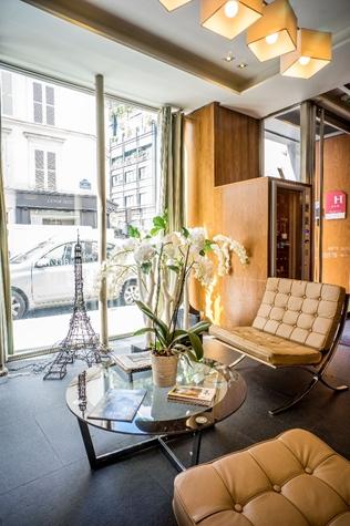 Art hotel batignolles à Paris