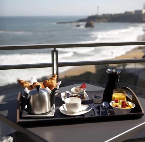 LE CAFE DE PARIS à Biarritz