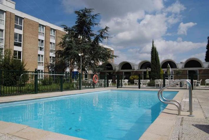 Altia Hôtel à Neuville-en-Ferrain