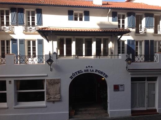 Grand hôtel de la poste à Saint-jean-de-luz