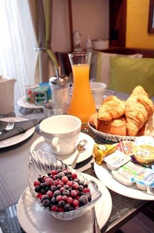 Hotel Des Allées à Cannes